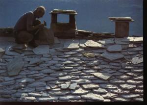 02, dakdekken met leistenen, Corsica