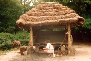 03, broodovenspieker, BII, 1991 met gelaagd riet met leemnokje